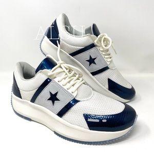 Converse Run Star Y2K Low Top Black Dark Blue W